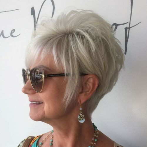 d09ed82023e9 90 Classy and Simple Short Hairstyles for Women over 50