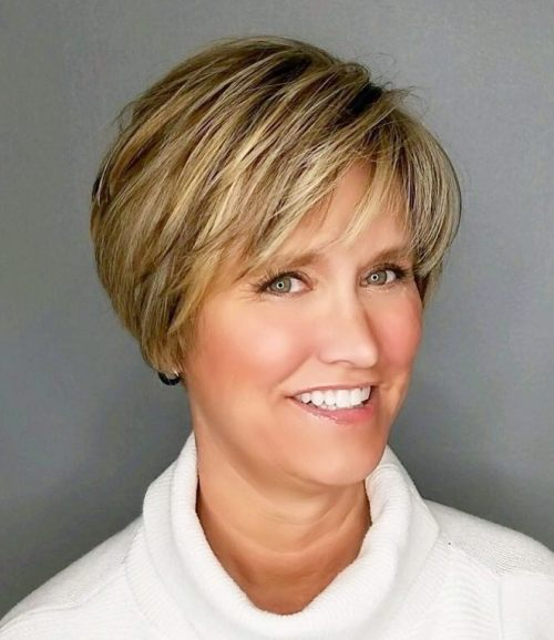 a84b68d886 90 Classy and Simple Short Hairstyles for Women over 50
