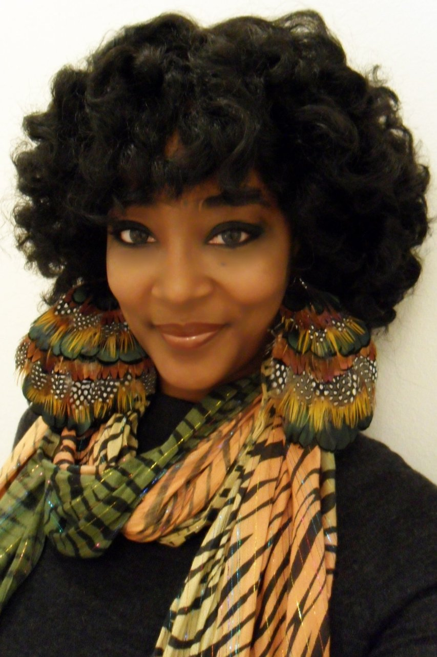 Medium curly hairstyles for black women