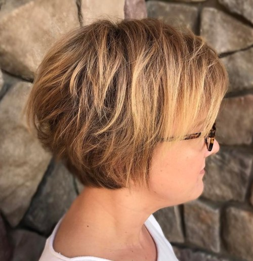 60 Unbeatable Haircuts for Women over 40 to Take on Board in ...