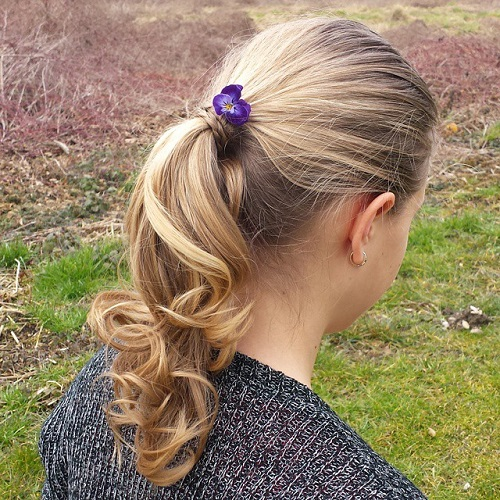 Cute Ponytail Hairstyle For Girls