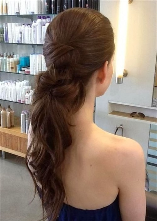 ponytail hairstyle for homecoming