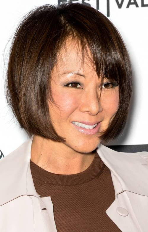 brown bob hairstyle for thick hair