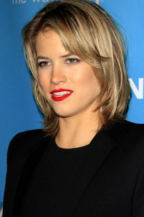 44 Trendiest Short Blonde Hairstyles and Haircuts
