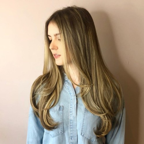 Long Bronde Balayage Hair With Layers