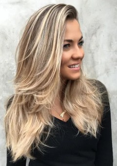 Best Hairstyles And Haircuts For Long Straight Hair