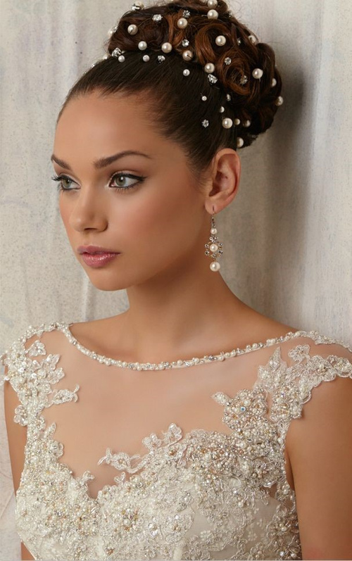 40 irresistible hairstyles for brides and bridesmaids bun hairstyle for bridesmaids urmus Gallery