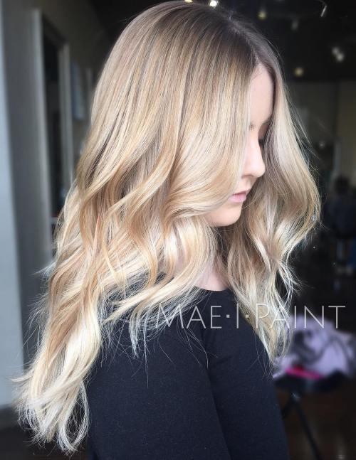 Long Wavy Blonde Balayage Hair