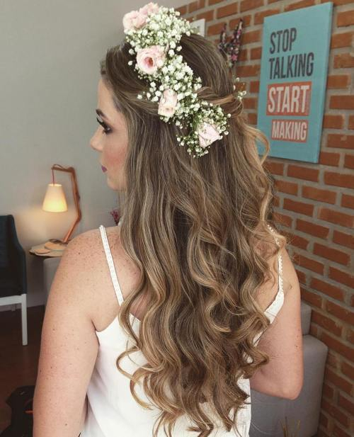 Bridal Hairstyle Tips For Your Wedding Day: Half Up Half Down Wedding Hairstyles
