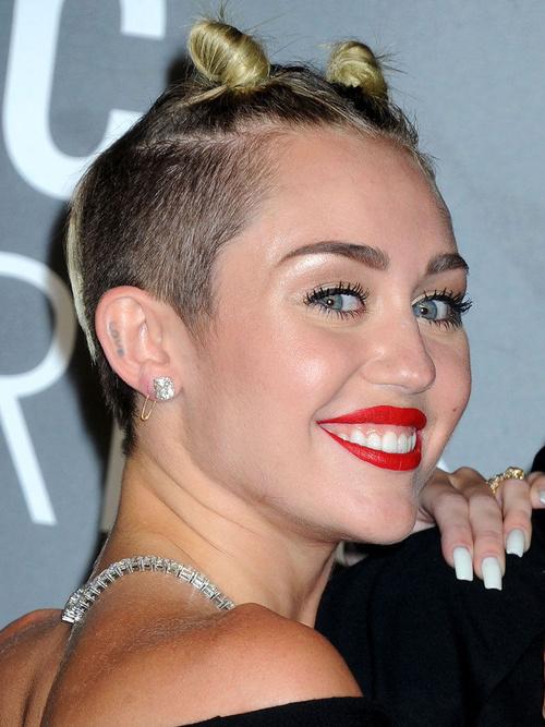 Miley Cyrus short sassy hairstyle