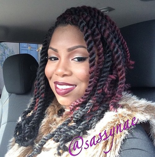 Two-Tone Medium Length Kinky Twists