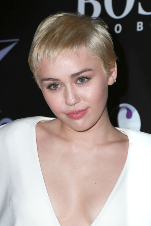 hair Miley cyrus short