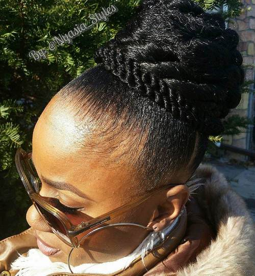bulky black bun for natural hair