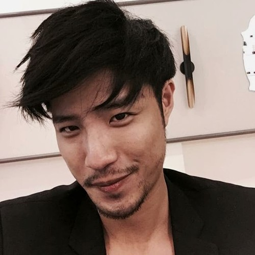Asian men medium hairstyle