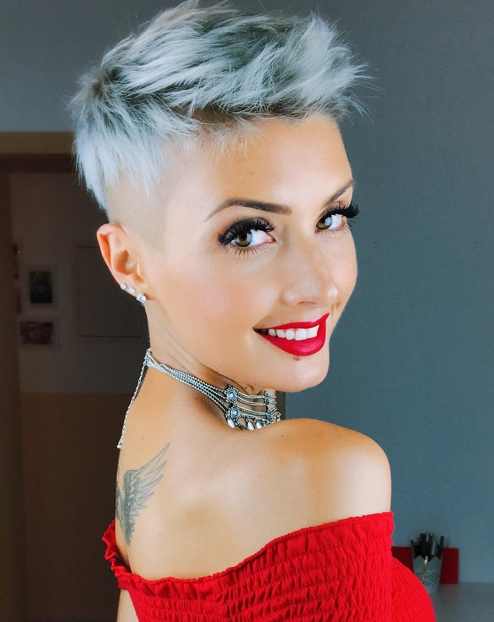 60 Cute Short iPixiei iHaircutsi a Femininity and Practicality
