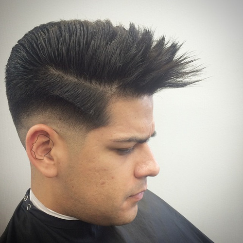 men's short spiky haircut