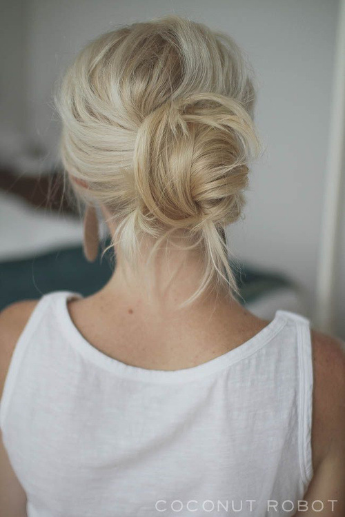 Stupendous 19 Gorgeous And Easy Updos For Long Hair Short Hairstyles Gunalazisus