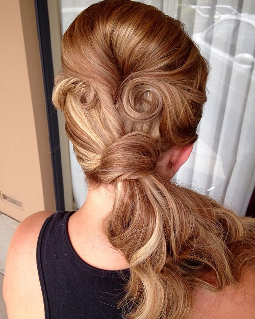 Vintage Ponytail With Bouffant And Pin Curls