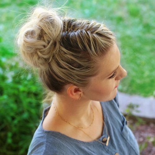 Casual Bun With Fishtail Braid