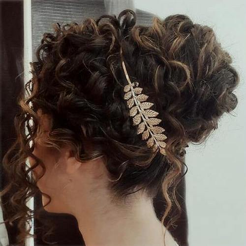 Great Chic Curly Updo