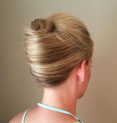 30 French Twist Hairstyles Hairstyles Ideas Walk The Falls