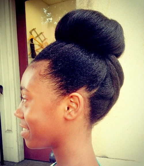 top bun for natural hair