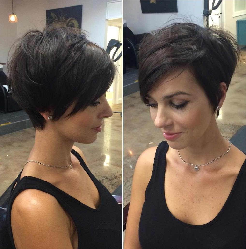 Hairstyles gallery for short hair with bangs and layers