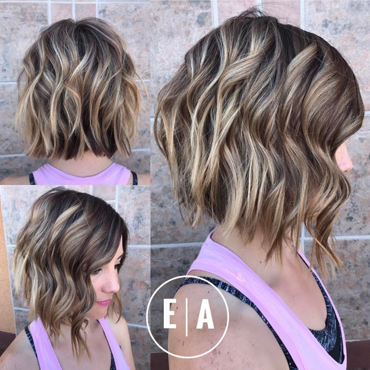 Chocolate Wavy Bob With Blonde Highlights