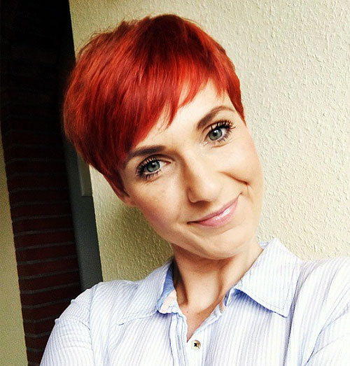 red layered pixie