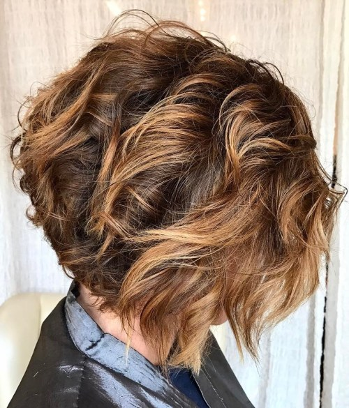 Messy Bob with Highlighted Layers