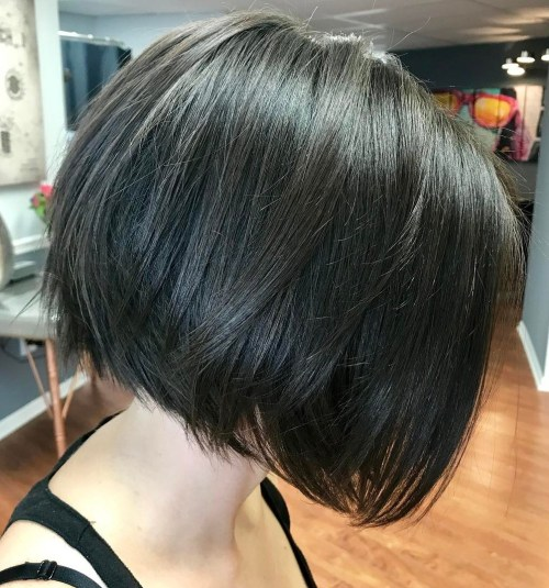 Shiny Black Bob With Layered Ends