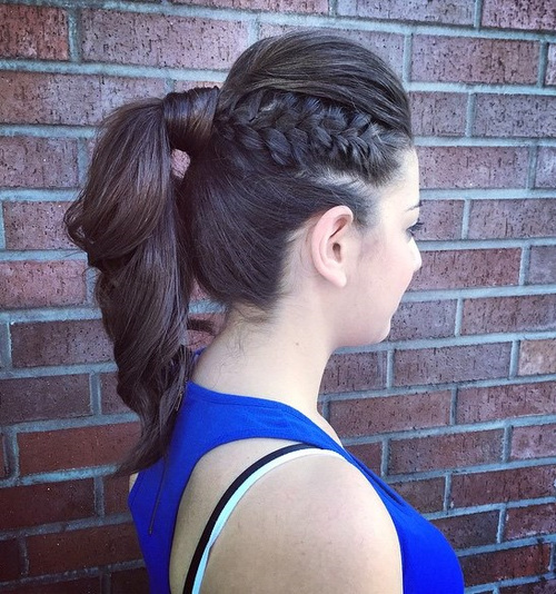 Ponytail With A Bouffant And Side Braid