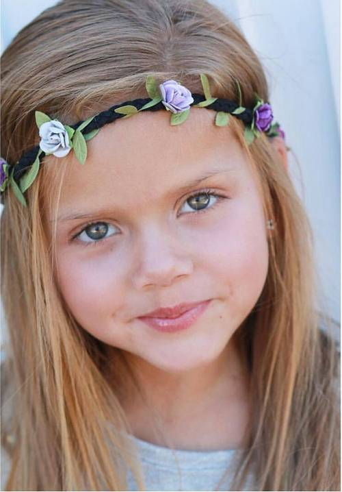 easy flower girl hairstyle for straight hair