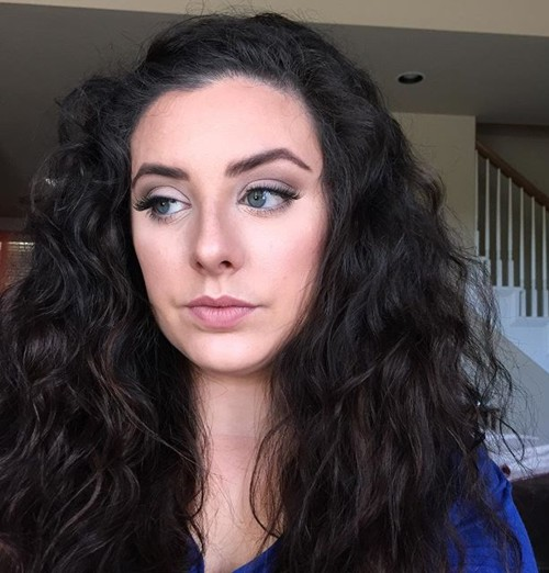 Superb Long Wavy Hairstyle For Frizzy Hair