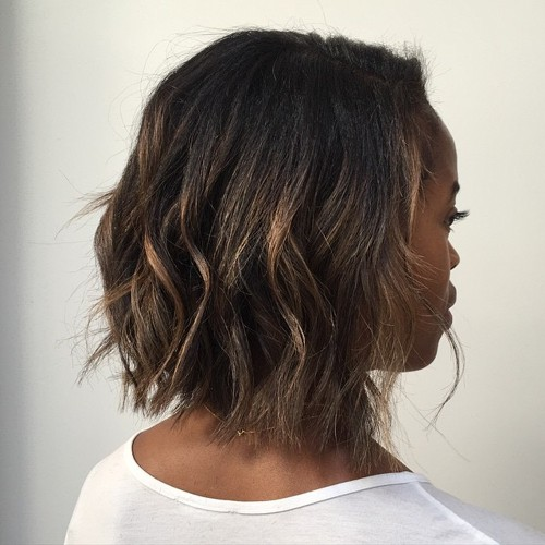 wavy bob hairstyle with highlights