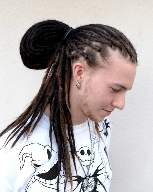 men's half up bun with dreadlocks