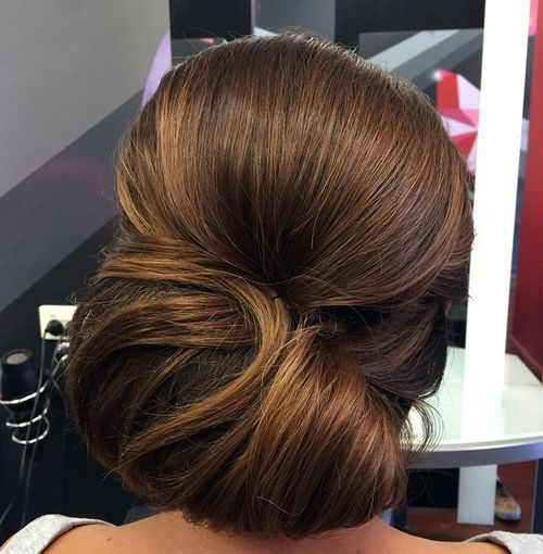 beautiful chignon for thick hair