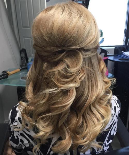 Curly Bouffant Half Updo