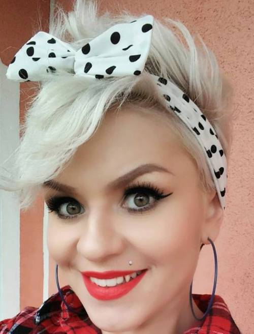 hair pin up styles 40 pin up hairstyles for the vintage loving 7024 | 20 pin up hairstyle for short hair