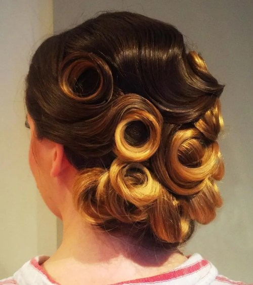 Sleek Curly Pin Up Hairstyle