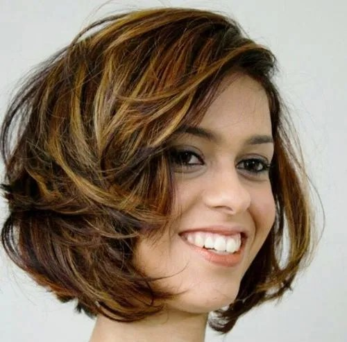 tousled brown bob with golden blonde highlights