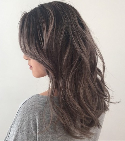 40 Ideas of Gray and Silver Highlights on Brown Hair