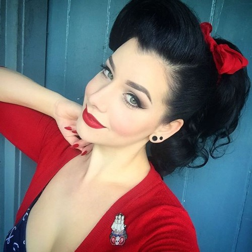 Groovy 40 Pin Up Hairstyles For The Vintage Loving Girl Short Hairstyles Gunalazisus