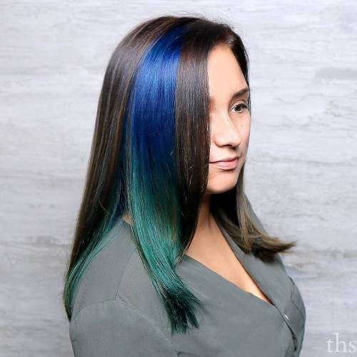 Blue And Green Panel Highlights For Brunettes