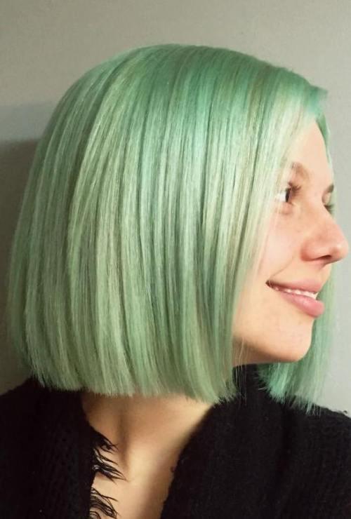 Blunt Pastel Green Bob