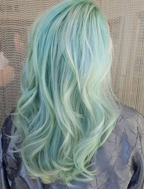 Light Mint Hair With White Highlights