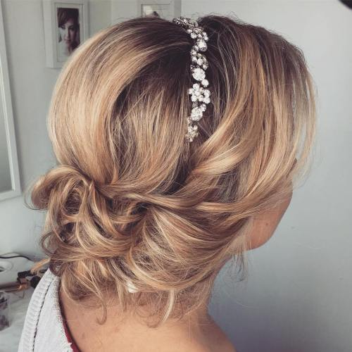 Top 20 wedding hairstyles for medium hair bridal updo for bob length pmusecretfo Choice Image