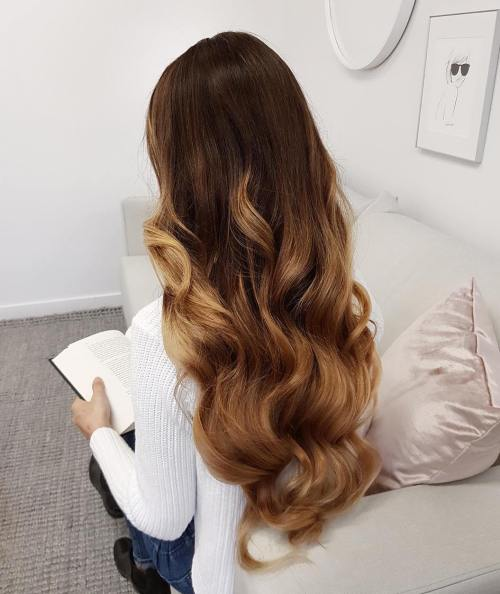 Woman with Hair Extension Balayage