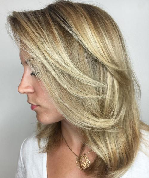 Side-Parted Medium Blonde Balayage Hair