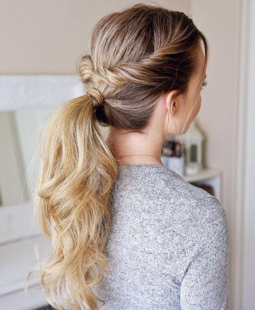 Wavy Ponytail With Twists